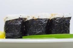Drei seitliche nigiri Sushi Stockfoto