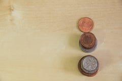 Drei Türme von den Münzen Lizenzfreie Stockfotos