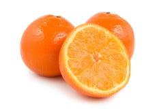 Drei tadellos frische Orangen Lizenzfreie Stockfotos