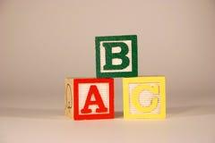 Drei Würfel ABC Stockfotografie