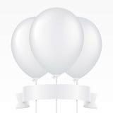 Drei weiße Vektorballone und -band Stockfotos