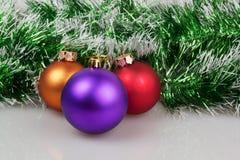 Drei Weihnachtsbälle Lizenzfreies Stockbild