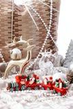 Drei Weihnachtskugeln getrennt auf Weiß Stockbild