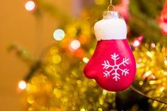 Drei Weihnachtskugeln getrennt auf Weiß Lizenzfreies Stockbild