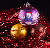 Drei Weihnachtsverzierungen Stockbild