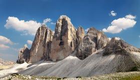 Drei Zinnen或Tre Cime与美丽的云彩的di Lavaredo 库存照片