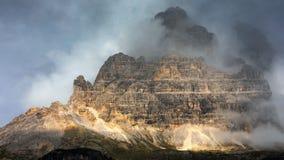 Drei Zinnen или Tre Cime di Lavaredo, Sextener Dolomiten или Dolom стоковые изображения rf