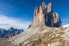 Drei zinnen i picchi di montagna Immagine Stock