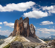 Drei Zinnen o Tre Cime di Lavaredo con la bella nuvola Immagini Stock