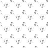 dreiecke Nahtloses Schwarzweiss-Muster Geometrischer, abstrakter Hintergrund für Abdeckungen, Gewebe Gekritzelformen Lizenzfreie Stockfotos
