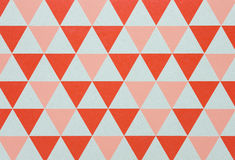 Dreieckgraphik auf Papppapier Stockfotos