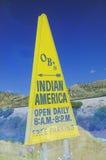 Dreieckige gelbe indische Anzeige in südwestlichen Vereinigten Staaten Stockbild
