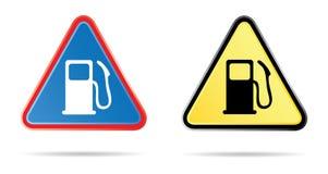 Dreieckiges Verkehrsschild der Gaspumpe stock abbildung