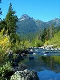 Dreiheit-Fluss, Dreiheit-Alpen Lizenzfreies Stockbild