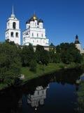 Dreiheit-Kathedrale in Pskov Kremlin. Stockfotografie