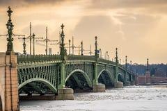 Dreiheits-Brücke im St. Petersburg Lizenzfreie Stockbilder