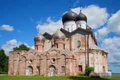 Dreiheits-Kathedrale des Michael Klopskiy-Klosters der Heiligen Dreifaltigkeit Novgorod Region, Russland Lizenzfreie Stockfotos