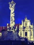 Dreiheitsspalte und Kreuz franciscion Kirchen-St. Pölten verarbeitet Lizenzfreies Stockfoto