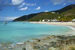 Drejarestrand i Antigua som är karibisk Arkivfoton