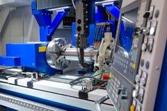 Drejbänk CNC-malning