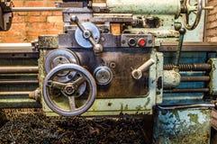Drejbänk i fabrik Royaltyfri Bild