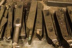 Drejbänk i fabrik Arkivfoto