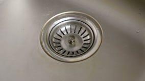 Dren de acero inoxidable del agujero del fregadero de cocina metrajes
