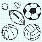 Drenaje de la mano de la bola del deporte en el papel de gráfico. Fotos de archivo libres de regalías