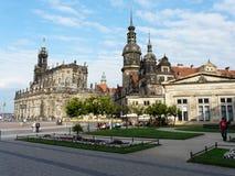 Dresde κάτω από το μπλε ουρανό στοκ φωτογραφία με δικαίωμα ελεύθερης χρήσης