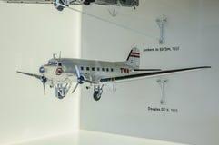DRESDE, ALLEMAGNE - L'AMI 2015 : avion de passagers Douglas DC-3 I 1935 Images libres de droits