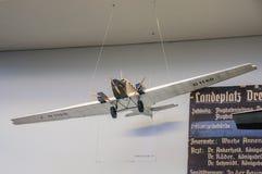 DRESDE, ALLEMAGNE - L'AMI 2015 : GE 192 du G-24 de vieux clous d'avion de transport Images libres de droits