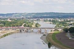 Dresde - Elbe et passerelle historique Image libre de droits