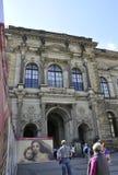 Dresden, 28 augustus: De ingang van het Zwingerpaleis van Dresden in Duitsland Stock Afbeeldingen