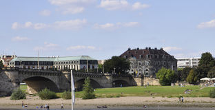 Dresden, 28 augustus: Elbe Rivierpanorama van Dresden in Duitsland Stock Fotografie