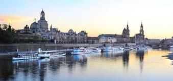 Dresden bij zonsondergang stock afbeelding