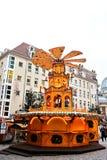 Dresden, Deutschland, am 19. Dezember 2016: Weihnachtsmarkt Dresden, Deutschland Feiern von Weihnachten in Europa Lizenzfreie Stockbilder