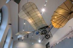 DRESDEN, DUITSLAND - MAI 2015: oude vliegende machine met propell Royalty-vrije Stock Afbeeldingen