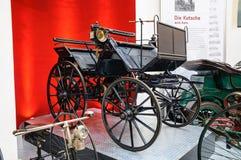 DRESDEN, DUITSLAND - MAI 2015: Vervoer 1886 van de Daimlermotor in Dres Stock Fotografie