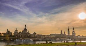 Dresden i aftonen Arkivbilder