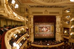 Dresden-Opernhaus Innen Stockfotos