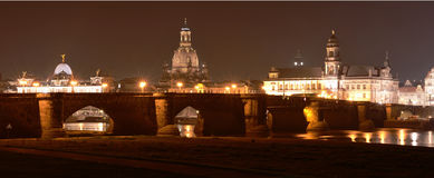 Dresden, Sajonia, Alemania en la noche Imagen de archivo libre de regalías