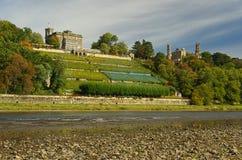 Dresden slottar på floden Elbe Royaltyfria Bilder