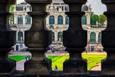 Dresden Tyskland barock paviljongslott Zwinger arkivbilder