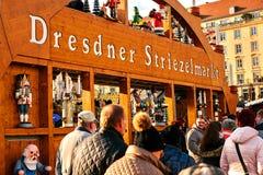 Dresden Tyskland, December 19, 2016: Julmarknad dresden germany Fira jul i Europa Arkivfoton