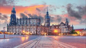 Dresden Tyskland på solnedgången, Tid schackningsperiod lager videofilmer