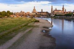 Dresen老市夜都市风景日落的 免版税库存图片