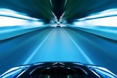 Drev för bilhastighetsnatt Arkivfoton