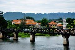 Drev på bron Arkivfoto