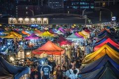 Drevnattmarknad i Bangkok Arkivfoto
