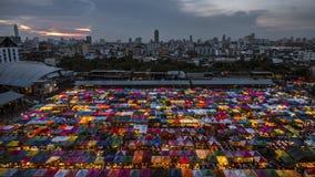 Drevnattmarknad i Bangkok Arkivfoton